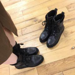bussolaのミドル丈ブーツ