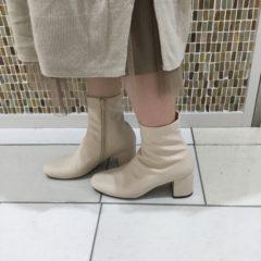 ♫一足は持っておきたい流行の白ブーツ♪